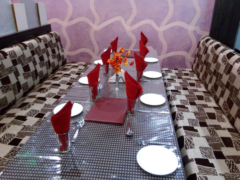 Friends Hotel And Restaurant Ajmer Restaurant